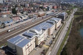 Solaranlage der Windgate AG installiert auf dem Dach der Piger Immobilien AG